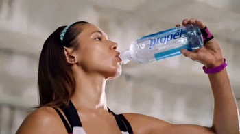 Propel Electrolyte Water TV Spot, 'Made to Move' Song by WatchtheDuck - Thumbnail 4