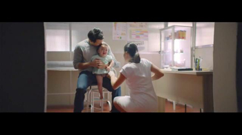 Johnson's Baby TV Spot, 'Discovering the Joy of Fatherhood' - Thumbnail 6