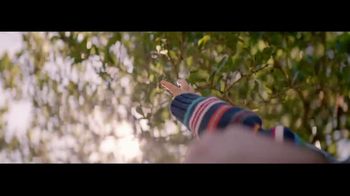 Johnson's Baby TV Spot, 'Discovering the Joy of Fatherhood' - Thumbnail 9