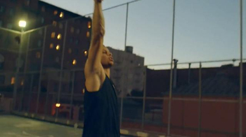 Cytosport Muscle Milk TV Spot, 'Stronger Everyday' Featuring Stephen Curry - Thumbnail 4