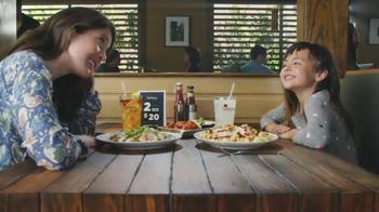 Applebee's 2 por $20 TV Spot, 'Primer corte de cabello' [Spanish] - 24 commercial airings