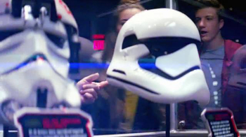 Walt Disney World TV Spot, 'Disney Channel: 365 - Star Wars Awakens' - Thumbnail 7