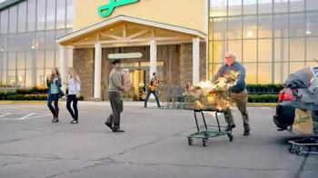 Lowes Foods Barnburner Savings TV Spot, 'Flamin' Hot Prices' - Thumbnail 4