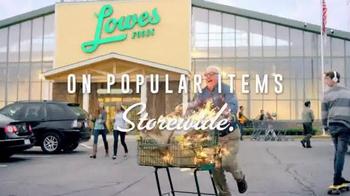 Lowes Foods Barnburner Savings TV Spot, 'Flamin' Hot Prices' - Thumbnail 7