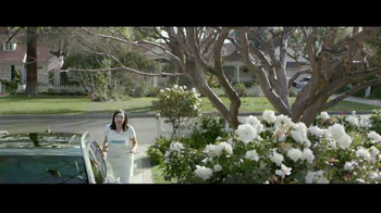 Progressive TV Spot, 'Flotection' - Thumbnail 2