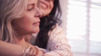 Alex and Ani TV Spot, 'The Most Powerful Love' - Thumbnail 6