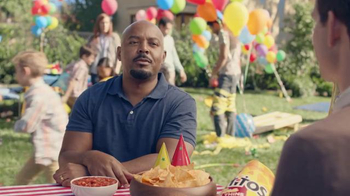 Tostitos Cantina Chipotle Thins TV Spot, 'Kid's Birthday' - Thumbnail 7
