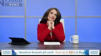 Wyndham Rewards TV Spot, 'Forecast' Featuring Kristofer Hivju - Thumbnail 6