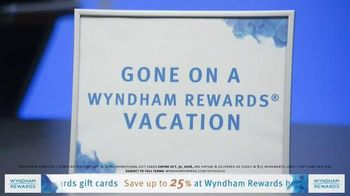Wyndham Rewards TV Spot, 'Forecast' Featuring Kristofer Hivju - Thumbnail 8