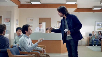 Verizon TV Spot, 'Una mejor red explicada por Diego Luna 2' [Spanish] - Thumbnail 6