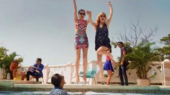 Sunglass Hut TV Spot, 'Shades of You' Featuring Georgia May Jagger - Thumbnail 7
