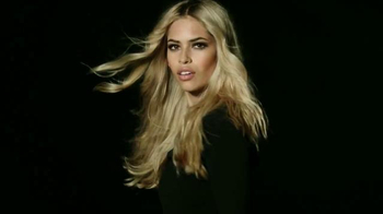 L'Oreal Paris Feria Hi-Lift Blonde TV Spot, 'Nuevos tonos' [Spanish]