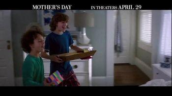 Mother's Day - Alternate Trailer 23