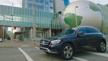 Mercedes-Benz GLC TV Spot, 'HGTV: Smart Design' - Thumbnail 1