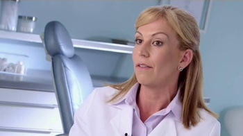 Sensodyne True White TV Spot, 'Dr. Dina Rodriguez' - Thumbnail 9