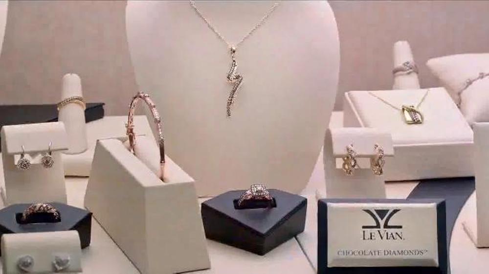 Jared Diamond Jewelry Spectacular TV Commercial Jewelry Wardrobe