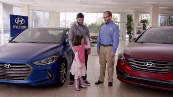 2016 Hyundai Elantra TV Spot, 'Little Boss' - Thumbnail 9