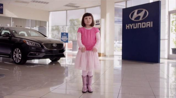 2016 Hyundai Elantra TV Spot, 'Little Boss' - Thumbnail 6