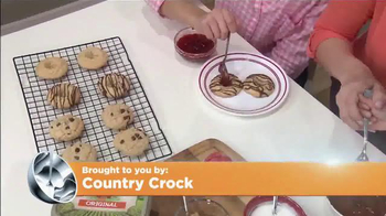 Country Crock TV Spot, 'Ion Television: Baking Day' - Thumbnail 3