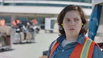 Time Warner Cable TV Spot, 'Changing for Good: Baggage Handler'