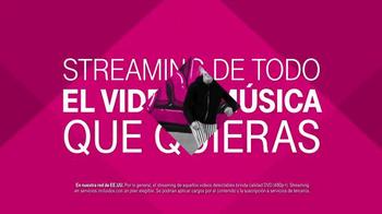 T-Mobile TV Spot, '¡Te tenemos más cubierto que nunca!' [Spanish] - Thumbnail 7