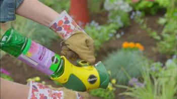 Miracle-Gro TV Spot, 'HGTV: Garden Ideas' - Thumbnail 6