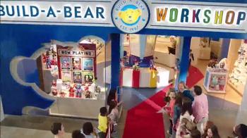 Build-A-Bear Workshop TV Spot, 'Marvel Superheroes: Red Carpet' - Thumbnail 1