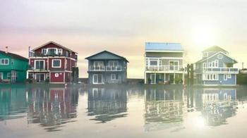 BEHR PREMIUM Paint Memorial Day Savings TV Spot, 'Houseboat' - Thumbnail 1