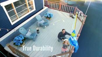 BEHR PREMIUM Paint Memorial Day Savings TV Spot, 'Houseboat' - Thumbnail 6