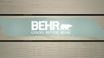 BEHR PREMIUM Paint Memorial Day Savings TV Spot, 'Houseboat' - Thumbnail 8