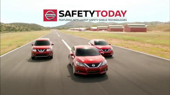 Nissan Safety Today Event TV Spot, '2016 Rogue: Intelligent Safety Shield' - Thumbnail 4