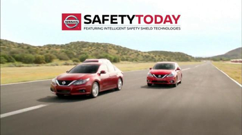 Nissan Safety Today Event TV Spot, '2016 Rogue: Intelligent Safety Shield' - Thumbnail 5