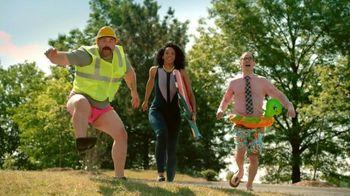 Hooters TV Spot, 'Beach Love'