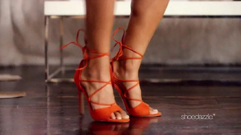 Shoedazzle.com Memorial Day Sale TV Spot, 'Up Close' Song by HOLYCHILD - Thumbnail 4