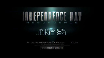 Twizzlers TV Spot, 'Independence Day: Resurgence - Base Repair' - Thumbnail 9