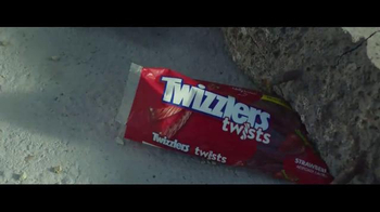 Twizzlers TV Spot, 'Independence Day: Resurgence - Base Repair' - Thumbnail 5