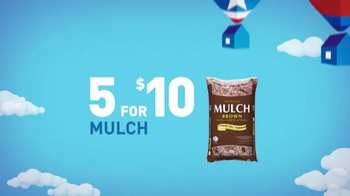 Lowe's Memorial Day Savings TV Spot, 'Mulch and Fertilizer' - Thumbnail 4
