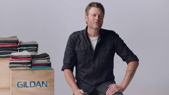 Gildan TV Spot, 'One Big Star' Featuring Blake Shelton - Thumbnail 6