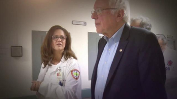Bernie 2016 TV Spot, 'Nuestro Destino' [Spanish] - Thumbnail 5