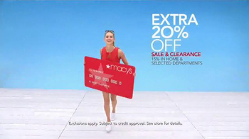 Macy's Memorial Day Sale TV Spot, 'TV Savings Pass' Song by Mungo Jerry - Thumbnail 5