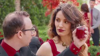 Redd's Apple Ale TV Spot, 'Piropo' [Spanish] - Thumbnail 5