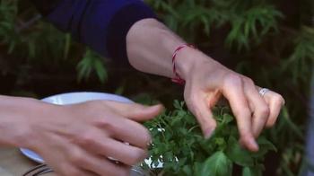 Miracle-Gro Nature's Care TV Spot, 'Crispy Herb Shrimp' Feat. Bobby Parrish - Thumbnail 6