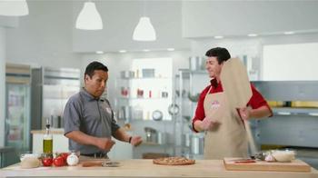 Papa John's Burger Pizzas Grandes TV Spot, 'Fútbol con amigos' [Spanish] - Thumbnail 2