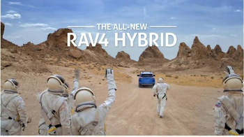 2016 Toyota RAV4 Hybrid TV Spot, 'Mars' Featuring James Marsden - Thumbnail 10