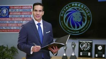 Royal Prestige TV Spot, 'Reynaldo y Emelia Candelaria' [Spanish] - Thumbnail 2