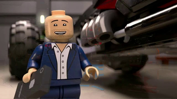 Chevrolet TV Spot, 'El totalmente nuevo Batimóvil LEGO de Chevy' [Spanish]  [T1] - Thumbnail 6