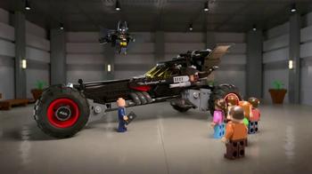 Chevrolet TV Spot, 'El totalmente nuevo Batimóvil LEGO de Chevy' [Spanish]  [T1] - Thumbnail 7