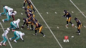 Microsoft Surface TV Spot, 'NFL Sidelines: Dolphins vs. Steelers' - Thumbnail 4