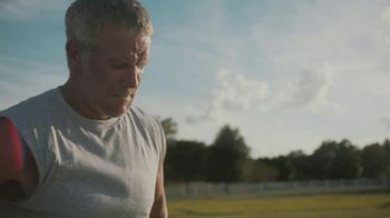 Buffalo Wild Wings TV Spot, 'The Encounter' Featuring Brett Favre - Thumbnail 1
