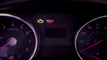 Meineke Car Care Centers Basic Oil Change TV Spot, 'Staycation' - Thumbnail 2
